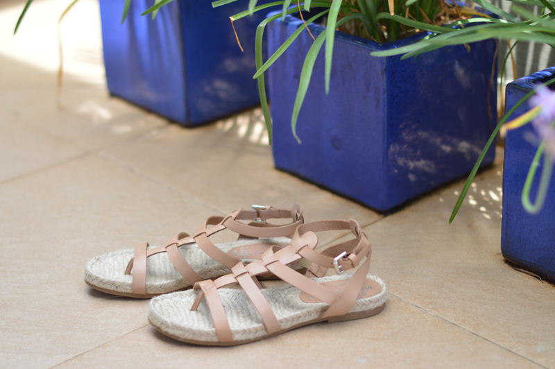 1a63b9d3ddf74 Searching for the perfect pair of nude flat sandals